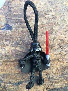 Darth vader star wars fandom buddy paracord lego head keychain every day carry Paracord Braids, Paracord Knots, Paracord Keychain, 550 Paracord, Paracord Bracelets, Paracord Ideas, Knot Bracelets, Survival Bracelets, Star Wars Ring