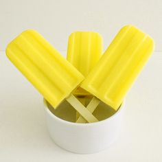 Yummy yellow popsicles make a great treat for your Alpha Gam bid day! Tumblr P, Image Tumblr, Yellow Foods, Yellow Things, Yellow Theme, Color Yellow, Pastel Yellow, Yellow Fever, Yellow Brick Road