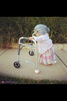 Toddler Halloween Costume - think I can convince Ray and Scott to go along with this?!?!  Too funny!