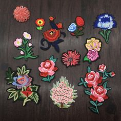 11 pcs/set fLOWERS embroidered patch applique vintage fashion flowers embroidered fabric clothes applique