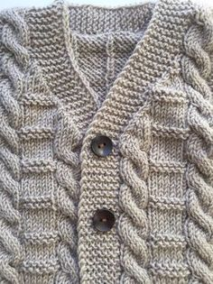 Your little one will look cute as a button in this adorable outfit. This outfit makes an adorable hand cable knit wool vest to keep toddler toasty warm in the s Baby Boy Knitting Patterns, Baby Cardigan Knitting Pattern, Free Knitting, Winter Sweater Outfits, Winter Sweaters, Outfit Winter, Boys Sweaters, Cable Knit Sweaters, Cardigan Bebe