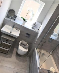 Hampton and Astley - Home to Your Inspiration Small Bathroom Interior, Small Bathroom Layout, Bathroom Design Luxury, Small Grey Bathrooms, Bathroom Inspiration, Egyptian Cotton, Cotton Towels, Kitchen Quotes, Link