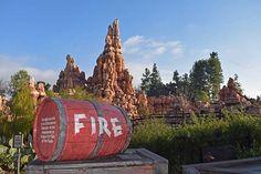 20 Hopful Tips for Visiting Disneyland in Summer 2021 Disneyland California, Disneyland Resort, Large Crowd, Hot Days, Walt Disney, Tips, Summer, Have Fun, Summer Time