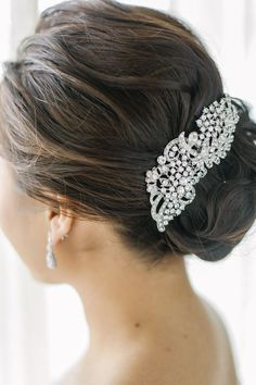 Wedding Hairstyle   : Featured Photo: Foreveryday Photography