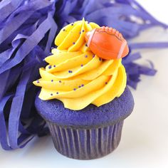 Purple and Gold Cupcakes from Trophy Cupcakes. #GODAWGS! #Huskies #UW