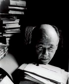Eugene Ionesco He was a Romanian-French playwright, known for writing absurdist plays; during his life he wrote plays, essays, and novels. One of his most famous plays is The Bald Soprano. Art Photography Portrait, Portraits, Book Writer, Book Authors, Eugene Ionesco, Theatre Of The Absurd, Writers And Poets, Rhinoceros, Black White