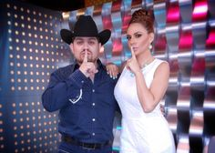 Joselyn Juncal en Secreto a Voces de Bandamax con Jorge Gaxiola de Voz de Mando