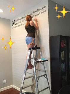 """This Woman Painted The First Page Of """"Harry Potter"""" On Her Wall"""