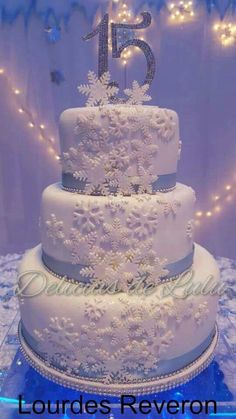 Learned referred quinceanera party ideas he said Beautiful Birthday Cakes, Sweet 16 Birthday, Beautiful Cakes, 16th Birthday, Winter Wonderland Cake, Wonderland Party, Quince Cakes, Sweet 16 Cakes, Quinceanera Themes