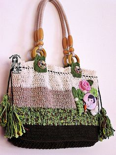 crochet hand bag..just finished it last night (this isn't mine, I copied the look)