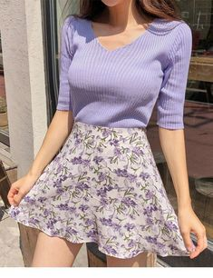 Nice purple sweater and floral skirtYou can find Floral skirts and more on our website.Nice purple sweater and floral skirt Purple Outfits, Casual Summer Outfits, Spring Outfits, Trendy Outfits, Floral Outfits, Spring Clothes, Cute Dress Outfits, Diy Outfits, Pastel Outfit