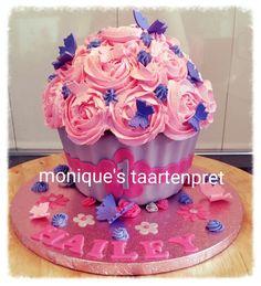 Giant cupcake / cakesmash