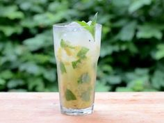 """Grilled Pineapple Mojito 