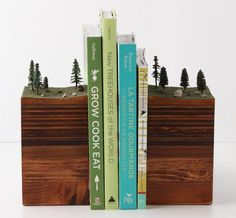 GARTH BOROVICKA: BOOKENDS OF THE EARTH | TheCoolCollector