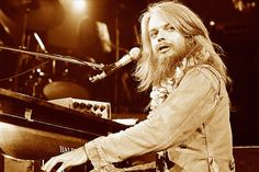 Leon Russell: The Voice Death Can't Touch
