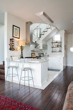 50 Super Ideas for kitchen open to living room modern apartment therapy Open Kitchen And Living Room, Small Living Rooms, Loft Kitchen, Small Apartments, Small Spaces, San Francisco Houses, San Francisco Apartment, Dining Nook, Design Case
