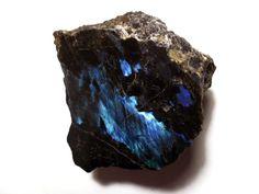 Anorthite var. Labradorite, Hypersthene / Québec, Canada