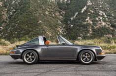 Singer Porsche 964 Targa - This is my dream car and color match!