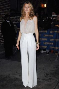 Ellen Pompeo what a stunning lady xxx Ellen Pompeo, Meredith Grey, Grey's Anatomy, Anatomy Humor, Mode Outfits, Fashion Outfits, Looks Party, Grey Outfit, Skinny