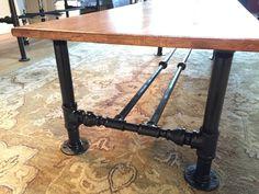 Industrial Pipe Coffee Table di Pixel8Frameworks su Etsy