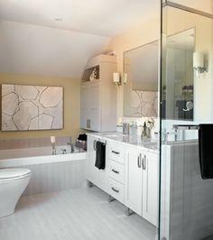 Une maison au possibilités nouvelles | CHEZ SOI © TVA Publications | Yves Lefebvre #salledebain #blanc