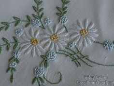 Embroidery Daisy Detail