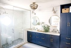 Latest Snap Shots navy Bathroom Vanity Popular Selecting the best bathroom vanity to your place can be a challenge with all the alternatives which Blue Bathroom Vanity, Blue Vanity, Bathroom Colors, Master Bathroom, Navy Blue Bathrooms, Downstairs Bathroom, Bad Inspiration, Bathroom Inspiration, Master Bath Remodel