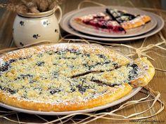 Koláče babičky z Janovic Fot: All super koláč Czech Recipes, Food Art, Yummy Treats, Quiche, Camembert Cheese, Goodies, Dairy, Food And Drink, Sweets