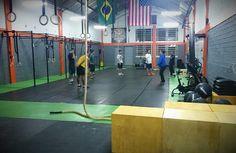 Box de CrossFit credenciada, próxima do shopping Iguatemi - POA Venha fazer 2 aulas experimentais grátis.