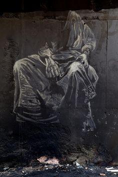 Drin Cortes Faltas Reverse graffiti em fuligem, Sob o Túnel da Lagoinha - Belo Horizonte, Brasil