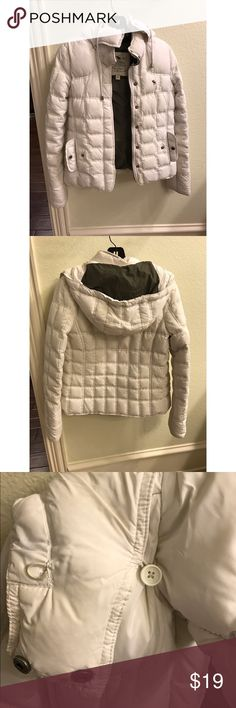 Abercrombie and fitch, comfortable warm parka Some staining on neck area near hood, detachable hood, some staining near bottom of the coat, really warm and comfy! Abercrombie & Fitch Jackets & Coats Puffers