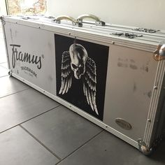 home sweet home ! Finally the #europeantour #2017 of the #gravediggerband has come to an end and all #stage items like my awesome #framus #guitars for example will get an inspection before they'll hit the road again in 4 weeks for the #gravedigger #southamerica #tour . Until then I'll do some #danceyourassoff shows with my #sideproject #monstergroove  so stay tuned and check  our website monstergroove.com - #aluminiumflightcase #ontheroad #axelritt #the_real_ironfinger #flightcase #skull…