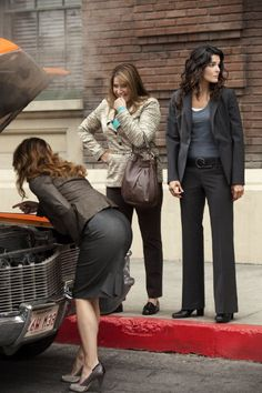 Still of Lorraine Bracco and Angie Harmon in Rizzoli & Isles