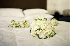 Alpine Images Wedding Gallery, Classic White, Floral Arrangements, Bouquets, Wedding Flowers, Wedding Planning, Roses, Table Decorations, Bridal