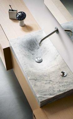 La salle de bains design est étonnante de créativité et de style... Baignoires, vasques et douches adoptent des valeurs sûres, des matériaux…