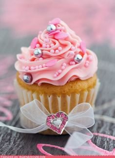 My niece would love this. She's a Princess... Princess Perfection Cupcake