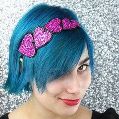 This is a supper cute headband.