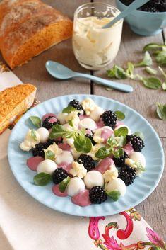 CAKES para ti Fruit Salad, Surfing, Blog, Mulberry Jam, Egg Salad, Chicken Pasta, Mayonnaise, Egg Yolks, Cooking Recipes