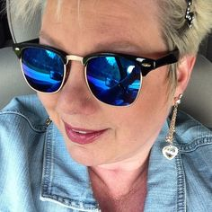 Love my fun new vintage wayfarers from bleudame! Their grab bags rock! #bleudame #blue #sweet #vintage #whynot #shades #freespirit #sunglasses #fashion #artsy #ahnjelle #swag #style #havefunwhileyoucsm #love #life #f4f #iphoneonly #selfie