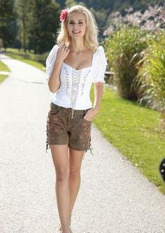1000+ ideas about Lederhose Damen on Pinterest | Trachten ...