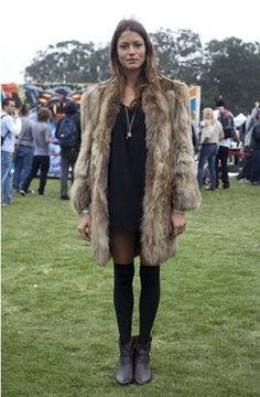 That fur coat. Sexy rock chic style.