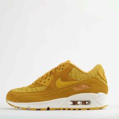 nike air max 90 premium quilted womens trainers shoes gold leaf ivory