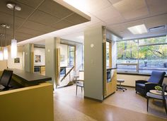 infusion bays design images | UW Cancer Center at Johnson Creek - CannonDesign