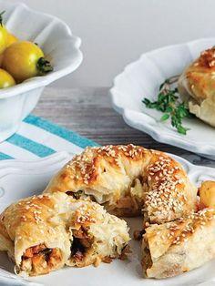 Kızartılmış patlıcanlı börek Tarifi - Hamur İşleri Yemekleri - Yemek Tarifleri
