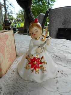 Vintage~Josef Originals~Poinsettia Angel With Banjo~Christmas Angel |