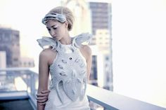 Interactive Synapse Dress by Anouk Wipprecht reveals wearer's mental states - Fashioning Technology