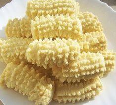 Tırtıl Kurabiye Tarifi – Kurabiye Tarifleri Tırtıl kurabiye tarifi için nefispratikyemektarifleri.com adresinde kurabiye tarifleri sekmelerini tıklayabilirsiniz. Kolay yemek tarifleri ile her gün yenilenen sitemizi sosyal medyada arkadaşlarınızla da paylaşabilirsiniz. Malzemeler 1 çay bardağı sıvıyağ 250 gr margarin ya da tereyağı 1 paket kabartma tozu 1 paket vanilya 2 tane yumurta 2 çay bardağı toz şeker …