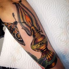 Kerosene lamp color tattoo