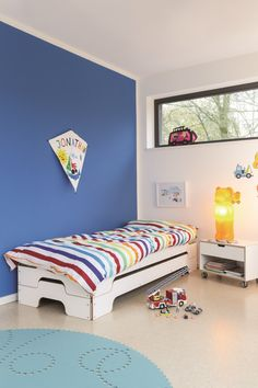 cama apilable simple cama apilable by muller mobelwerkstatten diseno rolf heide kinderzimmer kinderhaus gastezimmer