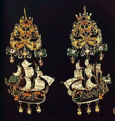 """a-l-ancien-regime: """" Gold earrings and gold pendants from the Greek island of Sifnos, century. Sailing ships with elaborate colorful enamels and pearls, reflecting European Rococo; Renaissance Jewelry, Ancient Jewelry, Antique Jewelry, Vintage Jewelry, Medieval Jewelry, Greek Jewelry, Gold Jewelry, Fine Jewelry, Benaki Museum"""